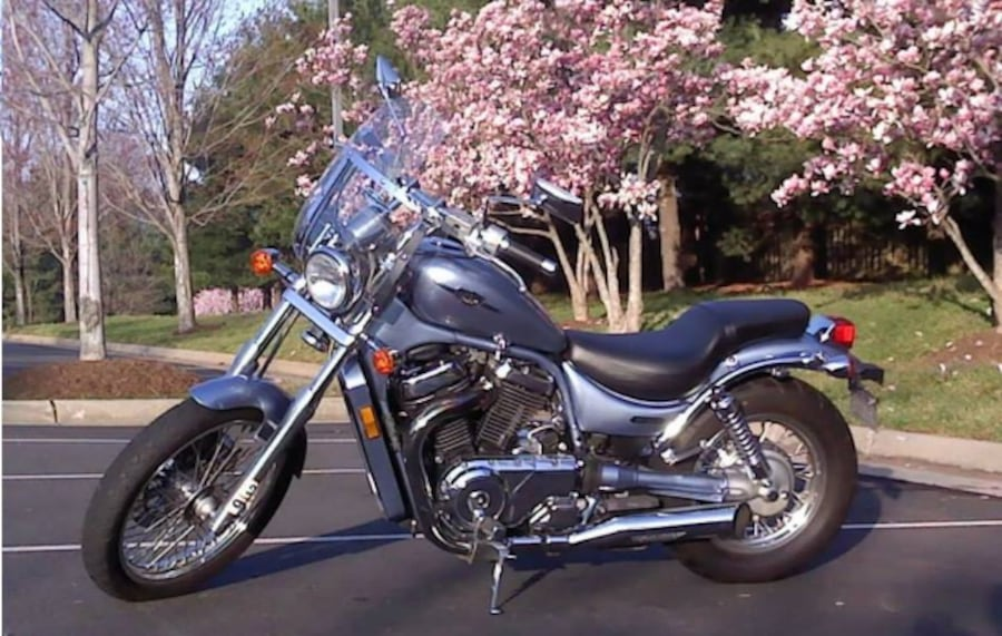 06 Suzuki Boulevard / negotiable make me an offer 707168f2-7677-41da-997e-8fb712d403f6