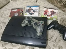 PlayStation 3 Superslim 500GB.Orijinal 2 Kol + Fifa14, Fifa15, Nba2K14
