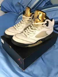 Jordan Retro 5 Olympic/Gold Coin (SIZE 10) Mississauga, L5M 6Y9