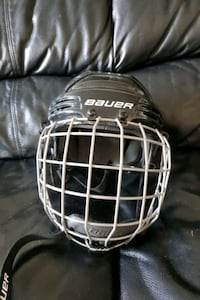 Hockey helmet for boys age 5-7 Mississauga
