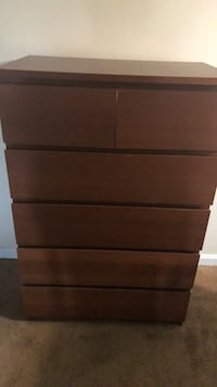 brown wooden 3-drawer chest Temple Hills, 20748