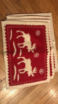 Holiday/christmas moose placemats