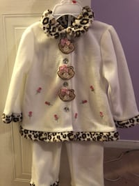 Brand new beautiful girls outfit 24m Whitby, L1N 8X6
