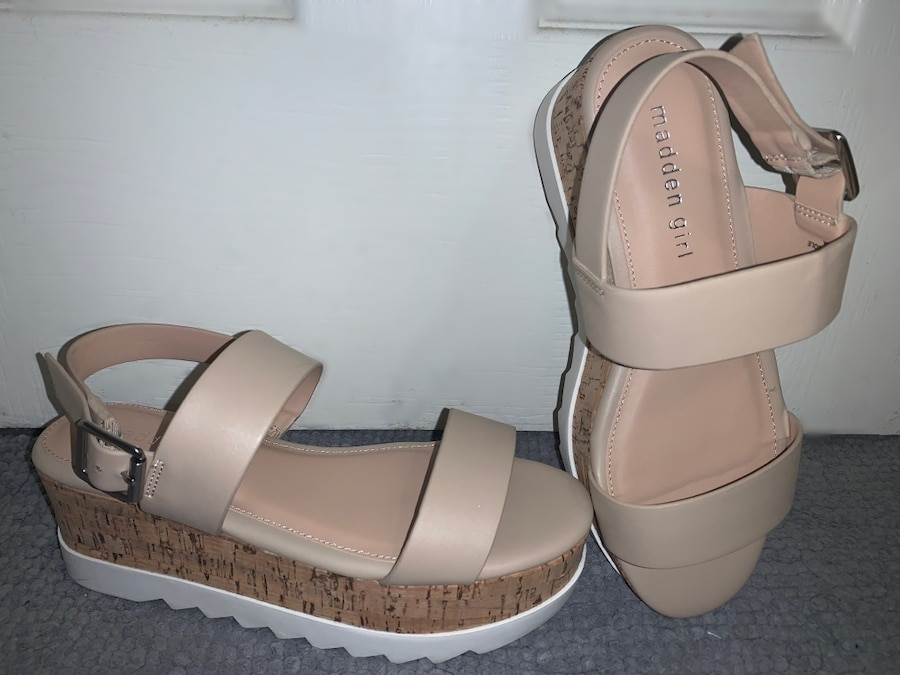 Photo Madden Girl Nude Sandals