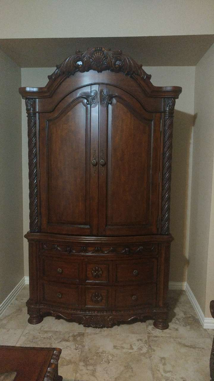 Beau Used Ashley North Shore Armoire In