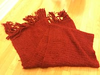 Luxuries and warmest red knit scarf