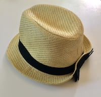 Charlotte Russe Straw Fedora Hat w/Black Back Bow, Size One Size Fits Most (Good Condition Gently Used) Palmdale, 93550