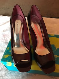 Used BCBG women's dress shoes size 8 Laurel, 20723