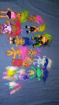 assorted color plastic toy lot Los Angeles, 91342