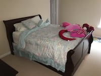 3 Piece Cherry Queen Bedroom Set!! Sandy Springs, 30328