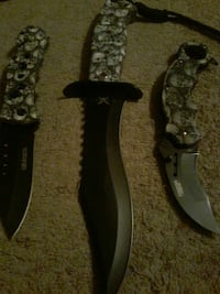black and gray folding knife Merriam Woods, 65740