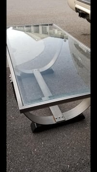 white and gray plastic table Price, 84501