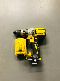 Dewalt hammer drill with battery and charger  Marietta, 30008
