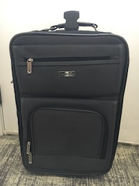 Claiborne luggage with wheels Arlington Heights