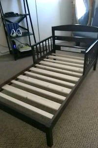 brown and white wooden bed frame Roseville, 48066