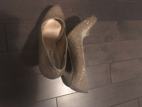 Chaussure or 7.5