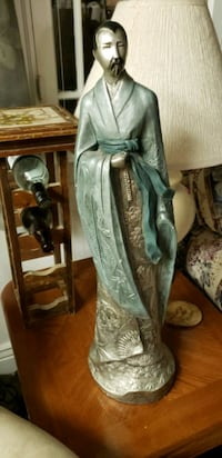 Gorgeous Japanese statue