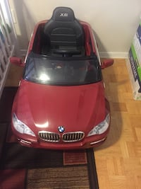 Red bmw x6 ride-on toy car