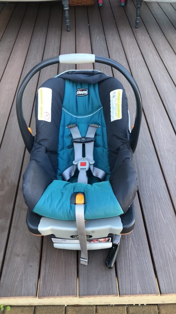 Used Chicco Car Seat For Sale In New York