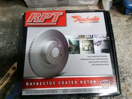 DODGE CALIBER REAR BRAKE ROTORS AND PADS
