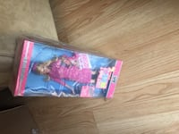 Barbie Legally Blonde 2 Red White and Blonde Barbie Doll as Elle Woods, B9234 Mississauga