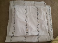 Bedsheet ( pick up in Airdrie)