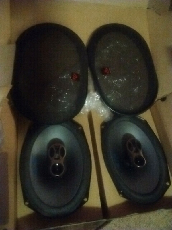 Alpine sps-69c3 6×9 250 watt 3way speakers