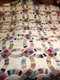 Vintage antique hand made double wedding band show quilt Washington, 20024