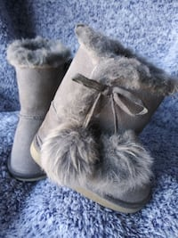 Toys R Us Toddler Sz 4 Gray Boots