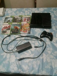 XBOX 360 WITH KINNECT Hamilton, L8P