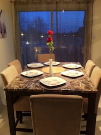 Bistro style table and 6 chairs $850 negotiable Laval, H7G