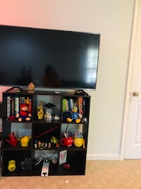 Tv stand only  Ashburn, 20147