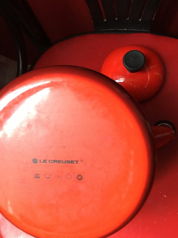 Le Creuset Stove Top tea pot. Used. Cheery red .
