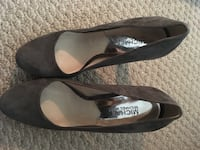 pair of black leather flats Germantown, 20874