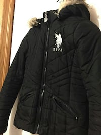 POLO pour femme taille M. Montreal East