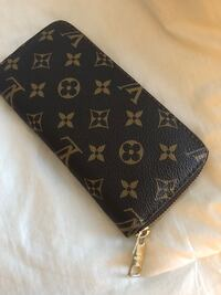 Louis Vuitton wallet Calgary, T2Y 4R6