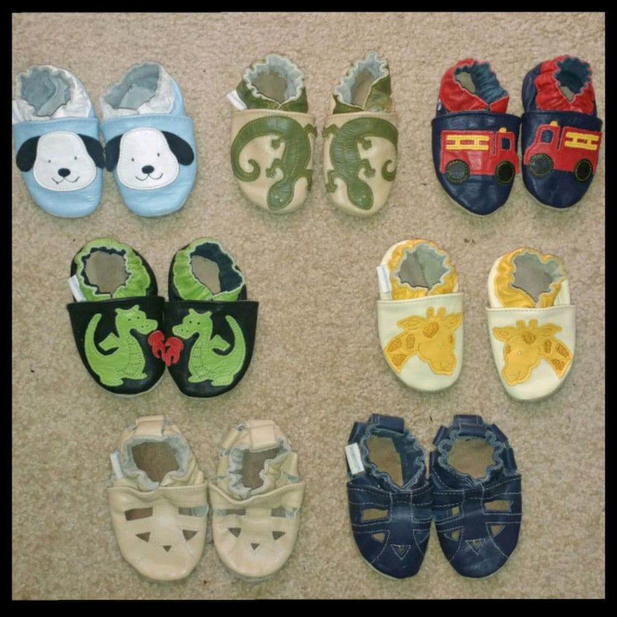 Robeez Leather Slippers  (0-6 mths)