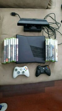 Xbox 360, 2 controllers, Kinect, 14 games