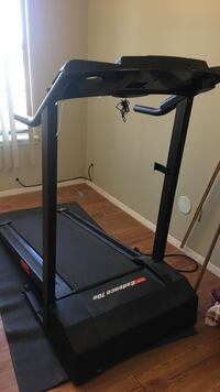Black and gray treadmill El Paso, 79902