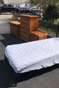 Bedroom Set  that was slightly used  with Twin Bed never used. Lake Hiawatha, 07034