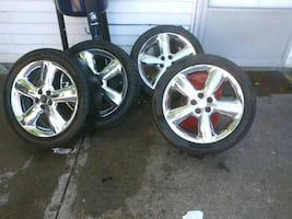 17 17 inch rims tires are 205 / 50 R17
