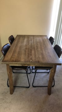 Tablewood dining table with chairs  Las Vegas, 89123