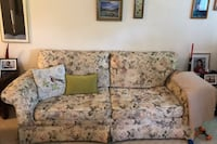 beige and green floral fabric 2-seat sofa Mont-Royal, H3R 3H6