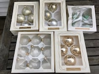 23 christmas ornaments. Still in box. All for $10 Berea, 44017