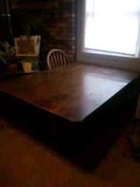 Heavy duty wood table-no chairs Middletown, 45005