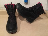 Women's Size 10.5 Columbia TechLite Omni-Heat 200grams Insulation Waterproof Winter Boots London