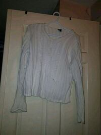 women's gray long sleeve shirt Mississauga, L4T 2A5