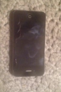 iPhone 4 unlocked jail broke in great condition Penticton, V2A