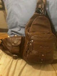 Leather cross chest bag