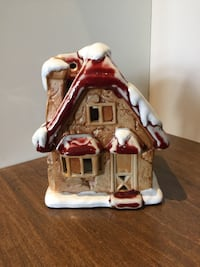 Christmas house candle holder decor  London, N6M 0E5